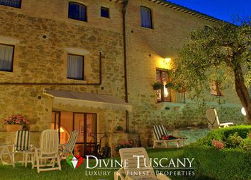 Thumbnail 11 bed town house for sale in Via Spagni, Montalcino, Siena, Tuscany, Italy