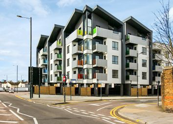 Thumbnail 2 bed flat to rent in London Road, Southend On Sea