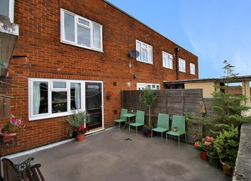 Thumbnail 3 bed flat for sale in Raynel Garth, Cookridge