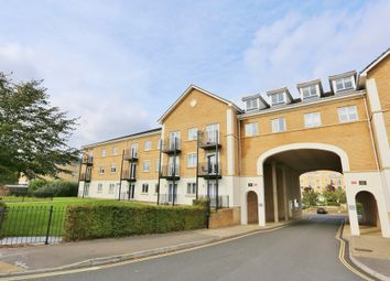 Thumbnail 2 bedroom flat for sale in The Dell, Shirley, Southampton