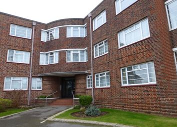 Thumbnail 2 bed flat to rent in Lansdowne Road, Worthing