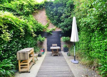 Thumbnail 3 bed property to rent in Burgh Street, Angel