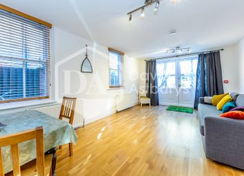 Thumbnail Studio to rent in Hillfield Avenue, Crouch End, London