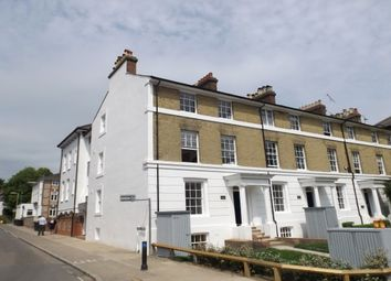 Thumbnail 1 bed flat to rent in Parmenter House, City Centre, Winchester