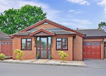 Thumbnail 2 bed bungalow for sale in Mere End, Croydon