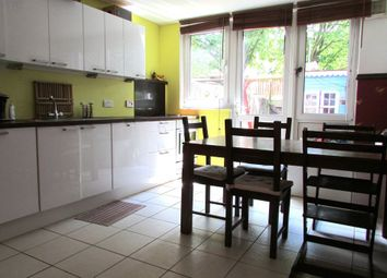 Thumbnail 4 bed town house to rent in Westacott Close, London