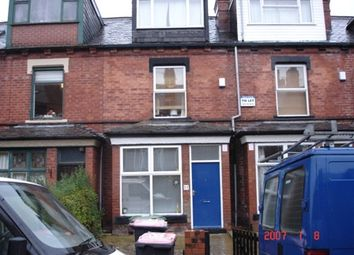 Thumbnail 6 bed terraced house to rent in Royal Park Avenue, Hyde Park, Leeds