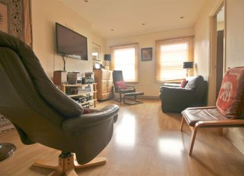 Thumbnail 1 bedroom property for sale in Campsbourne Road, London