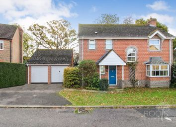 Thumbnail 4 bed detached house for sale in Trefoil Drove, Thatcham