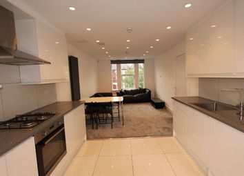 Thumbnail 4 bed flat to rent in Harringay Road, London