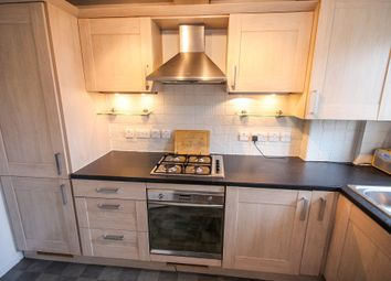 1 bed flat to rent in Woodfield Road, Thames Ditton KT7