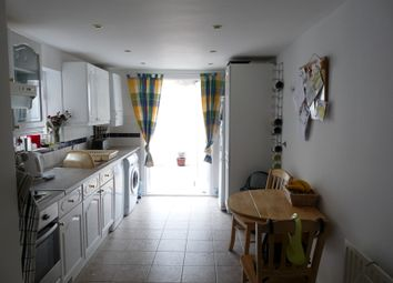 Thumbnail 4 bed terraced house to rent in Meadow Place, London