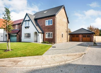 Thumbnail 5 bed detached house for sale in Collinwood Gardens, Hutton, Preston