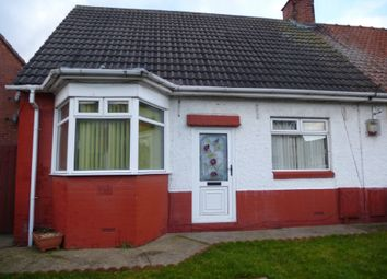 Thumbnail 2 bed bungalow to rent in Peel Crescent, Mansfield, Nottinghamshire