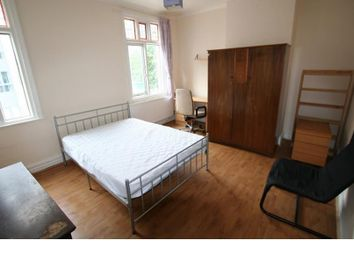 4 bed property to rent in Rusholme Place, Rusholme, Manchester M14