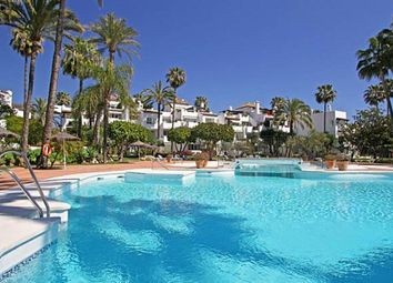 Thumbnail 2 bed apartment for sale in Alcazaba, Reinoso, Andalucia, Spain