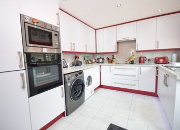 2 bed mobile/park home for sale in Beech View, Knottingley WF11