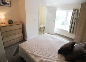 Thumbnail 5 bed shared accommodation to rent in Woodlands Road, Woodlands, Doncaster