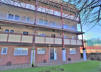 Thumbnail 3 bed flat to rent in Saunders Street, Gillingham, Kent