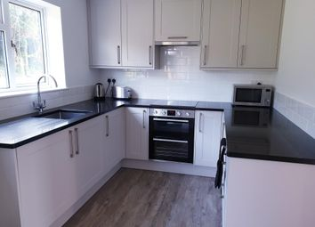 Thumbnail 2 bedroom flat to rent in Victoria Road, Chesham