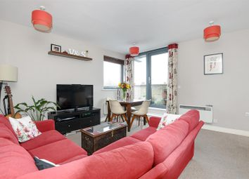 Thumbnail 1 bed flat for sale in Clapham Park Road, London