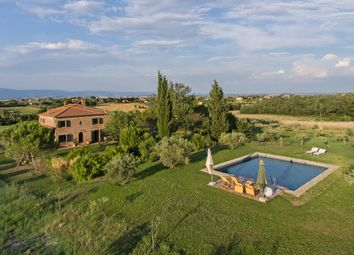 Thumbnail 4 bed farmhouse for sale in Tcr-040 Caligola, Montepulciano, Siena, Tuscany, Italy