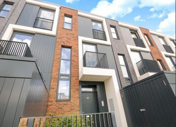Thumbnail 4 bed detached house to rent in Hawthrone Crescent, Greenwich Square, Greenwich