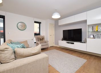 Thumbnail 1 bed flat for sale in 967 Garratt Lane, London