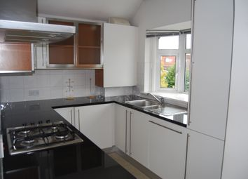 Thumbnail 3 bed flat to rent in West Avenue, Hendon