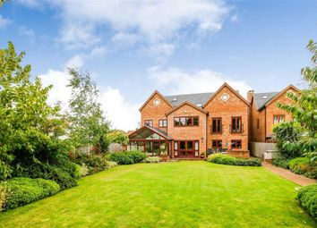 Thumbnail 6 bed detached house for sale in Linceslade Grove, Loughton, Milton Keynes