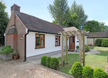 Thumbnail 2 bed cottage to rent in Kerves Lane, Horsham