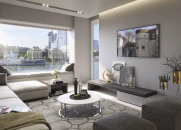 Thumbnail 2 bed flat to rent in Landmark Place, Lower Thames Street, London