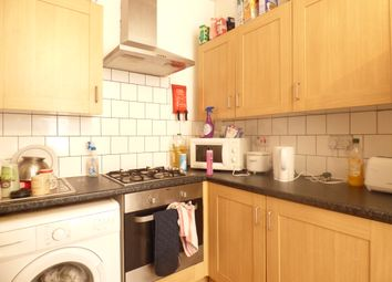 Thumbnail 4 bed flat to rent in Fieldgate Street, London