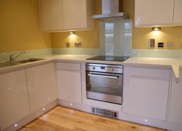 Thumbnail 1 bed flat to rent in 22 Freshwater Road, Dagenham