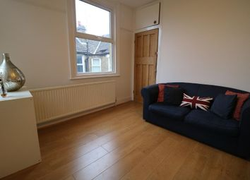 4 bed maisonette to rent in Doverfield Road, Brixton, London SW2