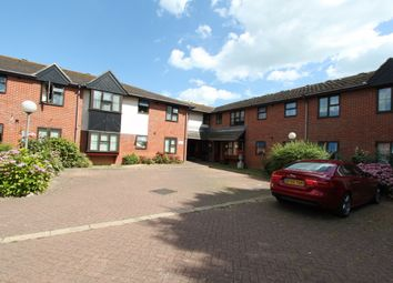 Thumbnail 2 bed flat for sale in Queens Street, Deal