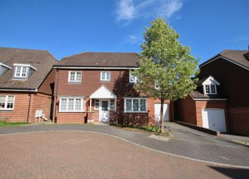 Thumbnail 4 bed property for sale in Letcombe Place, Horndean, Waterlooville