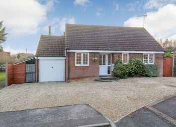 Thumbnail 3 bed detached bungalow for sale in Hawthorne Way, Great Shefford, Berkshire