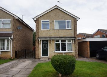 Thumbnail 3 bed detached house for sale in Springbank Close, Farsley