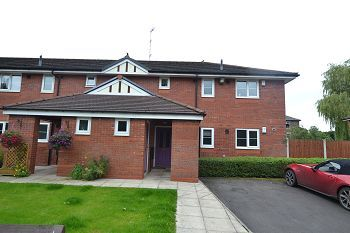 Thumbnail 2 bed flat to rent in Mulberry Drive, Macclesfield