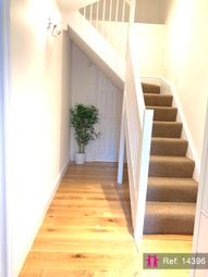 Thumbnail 1 bed maisonette to rent in City Road, London