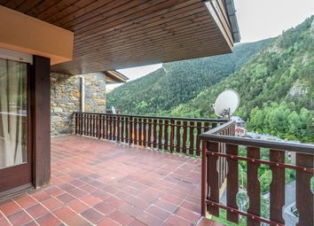 Thumbnail Apartment for sale in Arinsal, Andorra