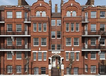 Thumbnail 1 bed flat to rent in Hamlet Gardens, Chiswick, London
