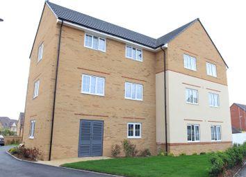 Thumbnail 1 bed flat to rent in Linnet Way, Keynsham, Bristol, Somerset