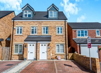 Thumbnail 3 bedroom town house for sale in Harley Head Avenue, Lightcliffe, Halifax