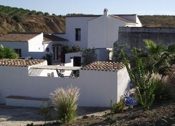 Thumbnail 8 bed villa for sale in Spain, Málaga, Casarabonela