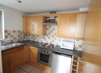 Thumbnail 2 bedroom flat to rent in Drummond Road, Croydon