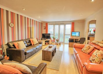 Thumbnail 2 bedroom flat for sale in Sutton Court, Crane Mead, Ware