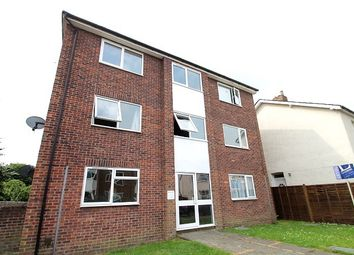 Thumbnail 1 bed flat to rent in Lyndale Road, Redhill