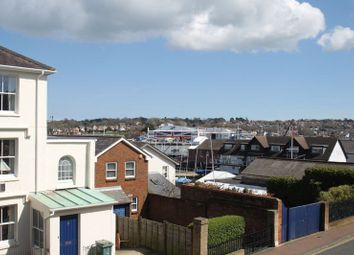 Thumbnail 2 bedroom flat to rent in Birmingham Road, Cowes
